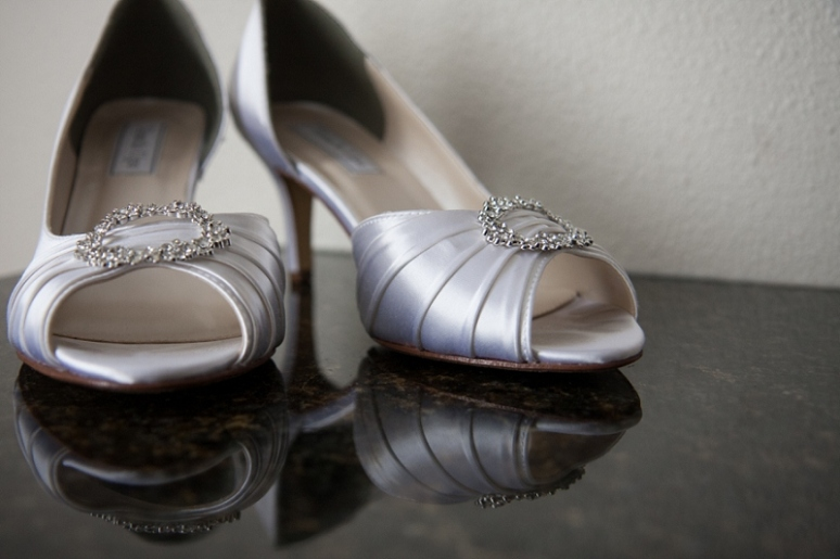 silver wedding shoes photo