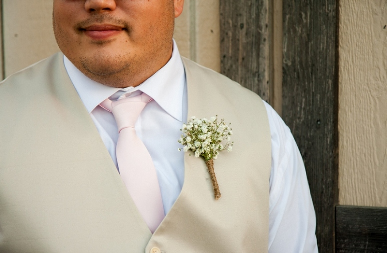 groom baby's breathh boutonniere photo