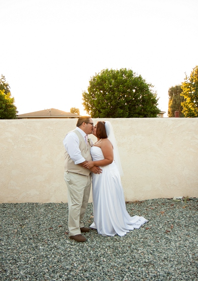 photography by paulina sunset bride and groom wedding photo