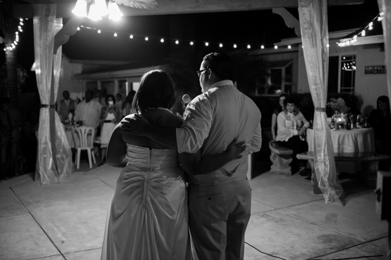 photography by paulina los angeles oudoor wedding reception photo